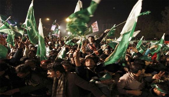 Tehreek-e-Minhajul Quran workers 'harass' media persons