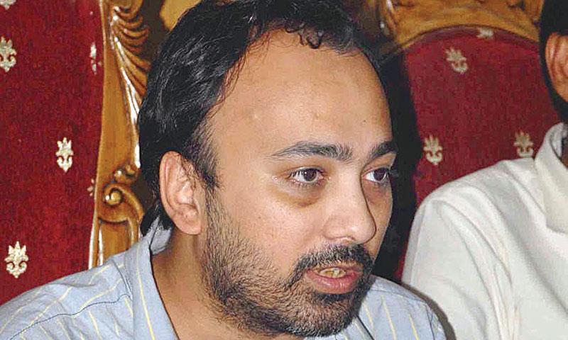 Journalist threatened to leave Karachi