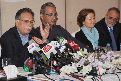 Govt to provide safe, secure working environment to journalists: Pervaiz